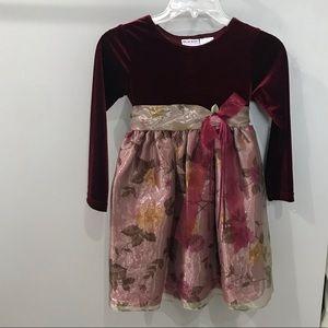 .Girls Size 6 Dress